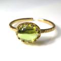 天然石指輪  ペリドット ハンマードリング(カボションオーバル横8×6mm)(真鍮ブラス・ゴールドカラー)(1個)