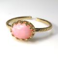 天然石指輪  ピンクオパール ハンマードリング(カボションオーバル横8×6mm)(真鍮ブラス・ゴールドカラー)(1個)