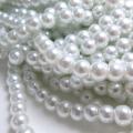 グラスパールビーズ ガラスパール(6mm)ホワイト(両穴)(80センチ)(1本)