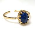 天然石ラピスラズリ<12月誕生石>・ローズカット指輪ハンマードリング(カボションオーバル・8×6mm)(真鍮ブラス・ゴールドカラー)(1個)