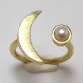三日月 リング 惑星  指輪 パール(淡水真珠)4mm 真鍮ブラス・ゴールドカラー(1個)