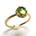 ペリドット 指輪 リング 天然石<8月誕生石>ハンマード ラウンド6mm 真鍮ブラス・ゴールドカラー/1個