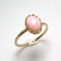 天然石ピンクオパール<10月誕生石>・指輪ハンマードリング(カボションオーバル・8×6mm)(真鍮ブラス・ゴールドカラー)(1個)