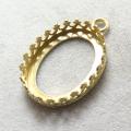 ペンダント空枠 チャームクラウン(ベゼルセッティング/カボション用)(オーバル・16×12mm)(真鍮ブラス・ゴールドカラー)(3個)