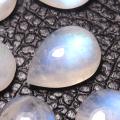 レインボームーンストーン 天然石ルース カボションカット(ペア)【10×7mm】(5個)