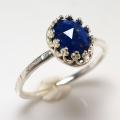 天然石ラピス ローズカット 指輪ハンマードリング<12月誕生石>(カボションオーバル・8×6mm)(真鍮ブラス・シルバーカラー)(1個)