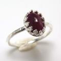 天然石ルビー インド 指輪ハンマードリング<7月誕生石>(カボションオーバル・8×6mm)(真鍮ブラス・シルバーカラー)(1個)