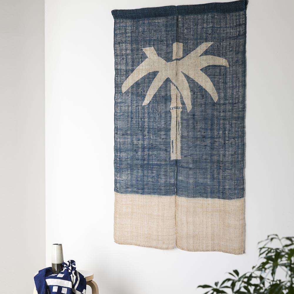 藍染めののれん(ざっくり麻) <竹に葉一つ染分け>  山内武志さん(山内染色工房・アトリエぬいや)暖簾、タペストリー
