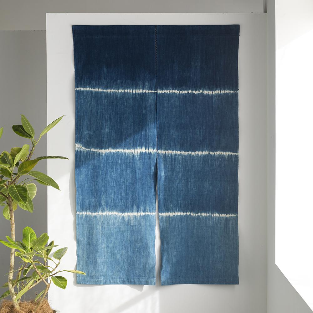 藍絞り染めのれん (木綿) <段絞り> |山内武志さん(山内染色工房・アトリエぬいや) (暖簾・タペストリー)