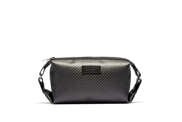CARBON DOPP KIT