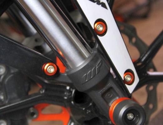 KTM DUKE フロントフェンダーカラー