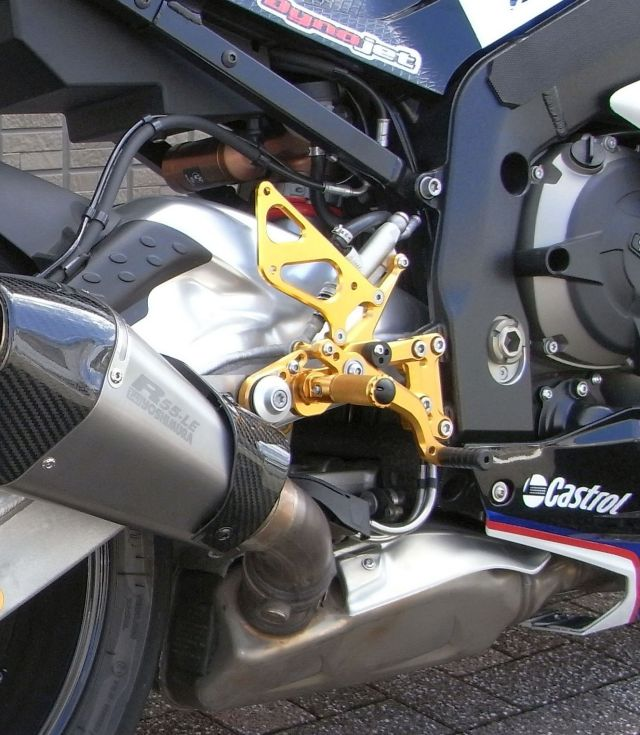 BMW S1000RR バックステップ