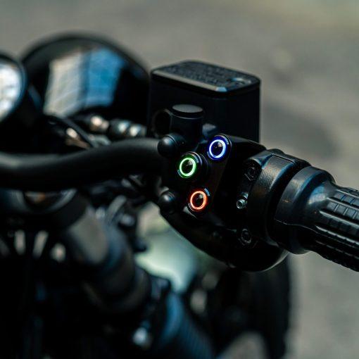 rebelmoto LEDスイッチ 4 ボタン ブラック