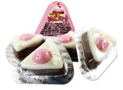 【駄菓子のまとめ買い・チョコ系の駄菓子】 丹生堂 デコリッチ いちごショートチョコ