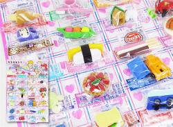 【当てものくじ・景品玩具】おもしろ消しゴム 台紙24付き