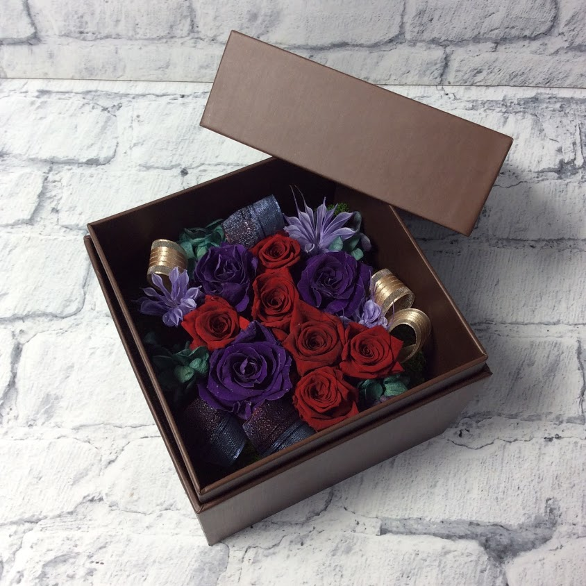 プリザーブドフラワー箱入り(赤・紫)◆210-17