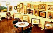 アートギャルリー 日本ぶっくあーと 画廊店内の様子