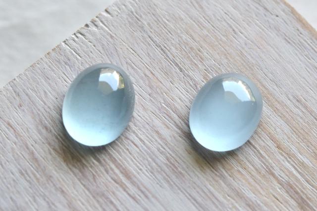 アクアマリン【9】天然石ルース・カボション(15.5×13mm)