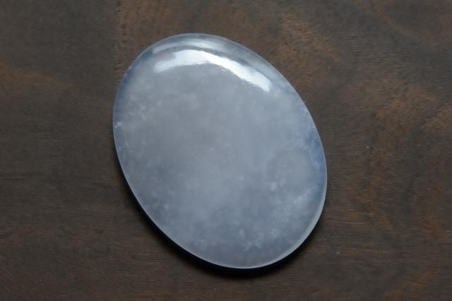 ブルーカルセドニー【2】天然石ルース・カボション(33×25mm)