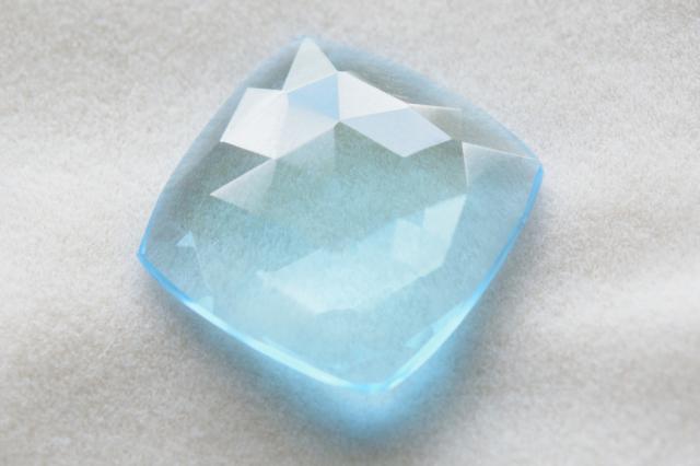 ブルートパーズ【53】天然石ルース・カボション・ファセットカット(18×18mm)
