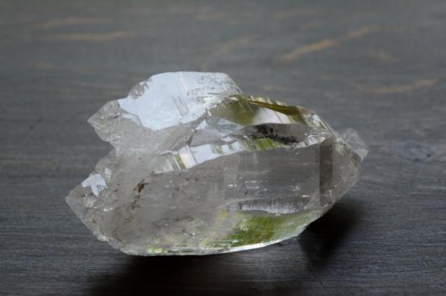ヒマラヤ・ガネーシュヒマール産水晶 ポイント/原石【1】 (72×40×36mm)