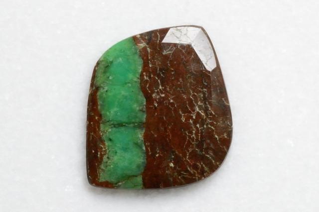 クリソプレーズ母岩付【2】 天然石ルース・カボション (28×25mm)