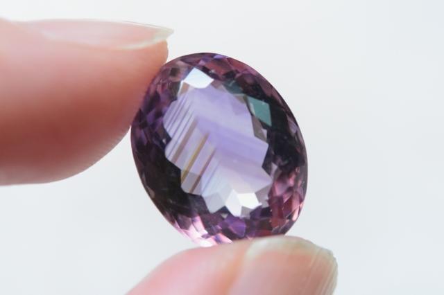 ファントムアメジスト【31】天然石ルース(15.5×12.5mm)