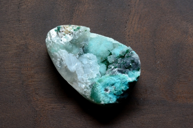 ジェムシリカ・ドゥルージー【6】 天然石ルース・カボション (33×22mm)