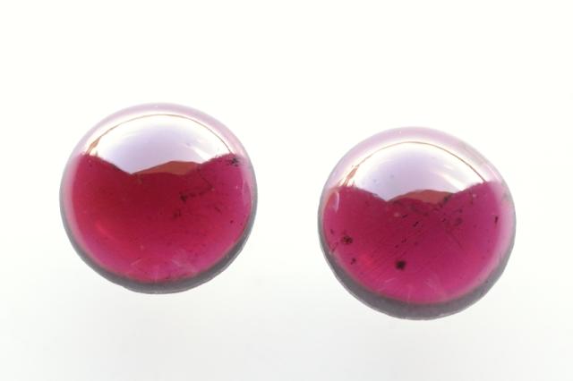 モザンビーク産ガーネット【32】天然石ルース・カボション(×mm)