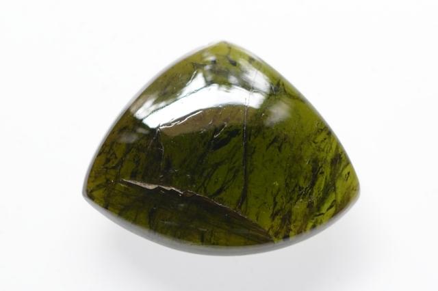 グリーントルマリン【3】天然石ルース・カボション(24.5×31mm)