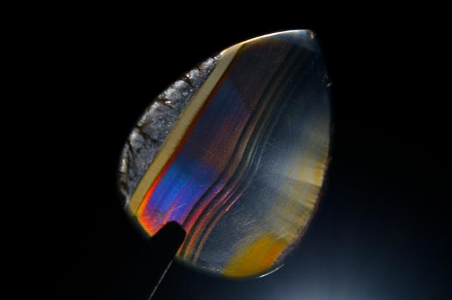 イリスアゲート【12】天然石ルース・カボション(17×12.5mm)