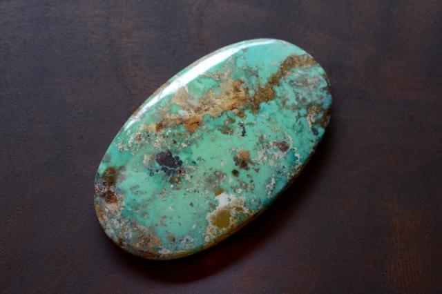 イラン産(ペルシャ)ターコイズ【2】天然石ルース・カボション(32×21mm)
