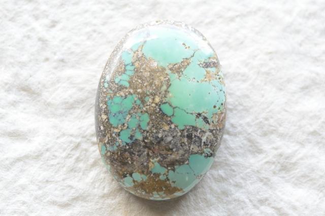 イラン産(ペルシャ)ターコイズ【90】天然石ルース・カボション(24.5×17.5mm)