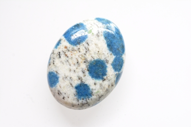 K2ストーン【15】天然石ルース・カボション(37×24mm)
