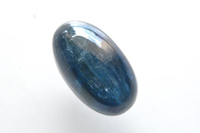 カイヤナイト(アフリカ産)【5】天然石ルース・カボション(16×11.5mm)
