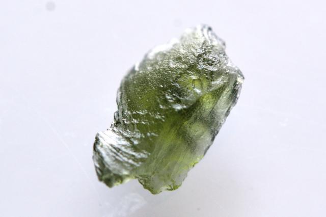モルダバイト【1】 天然石ルース・カボション片面研磨(38.5×26.5mm)