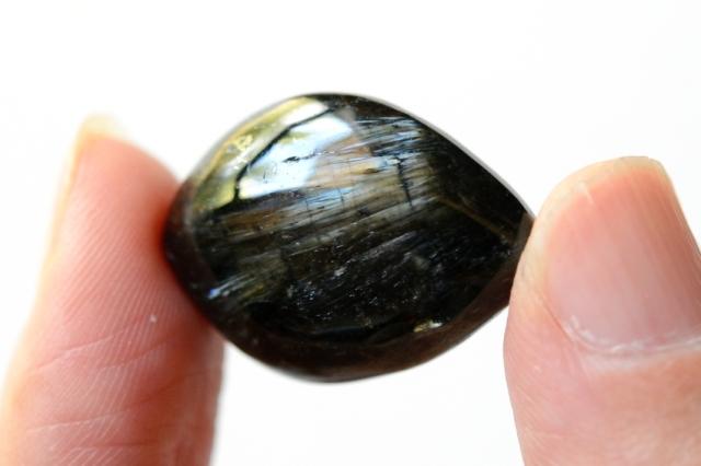 アルベゾナイト【24】天然石ルース・カボション(24×18mm)