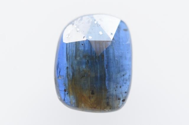 カイヤナイト(ネパール産)【43】 天然石ルース・カボション・ローズカット(12×9mm)