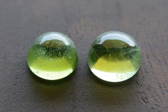 ペリドット・2石セット【8】天然石ルース・カボション (8×8mm) (8×8mm)