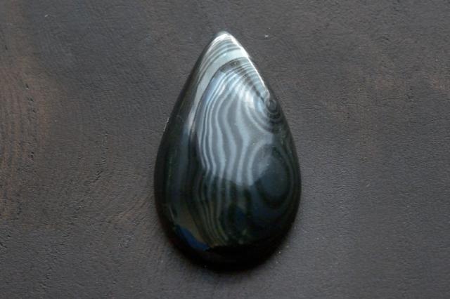 サイロメレーン【4】天然石ルース・カボション(28×17mm)