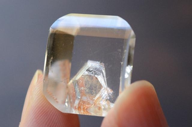 クォーツインクォーツ(貫入水晶)【16】天然石ルース・カボション(19×16mm)