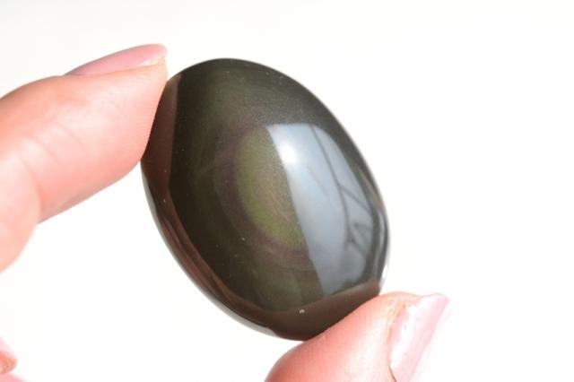レインボーオブシディアン【19】ルース・カボション(32×23.5mm)