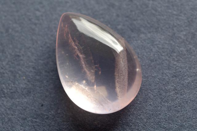 ディープローズクォーツ【18】天然石ルース・カボション(31×31mm)