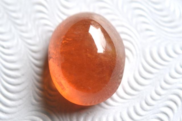 スぺサルティン(マンダリン)ガーネット【2】天然石ルース・カボション(8.5×7mm)