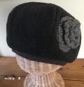花付きフリースベレー帽子(ブラック)