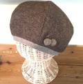 ポンポン付き裏オーガニックウールベレー帽子(ブラウン)