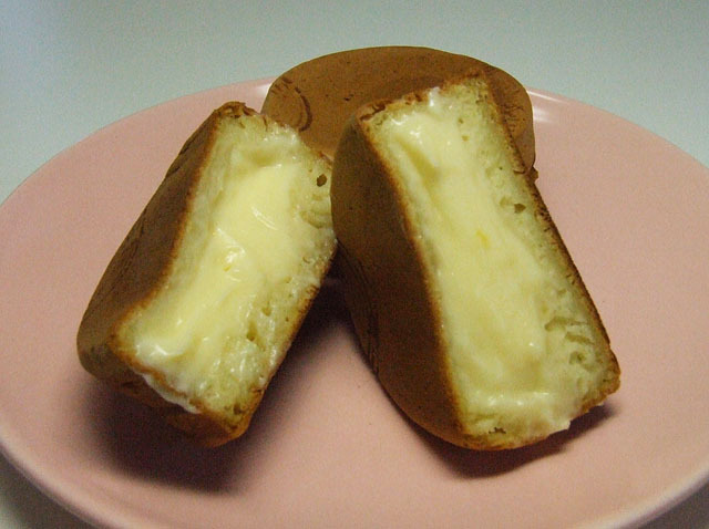 かわらぬ美味しさ チーズクリーム甘太郎