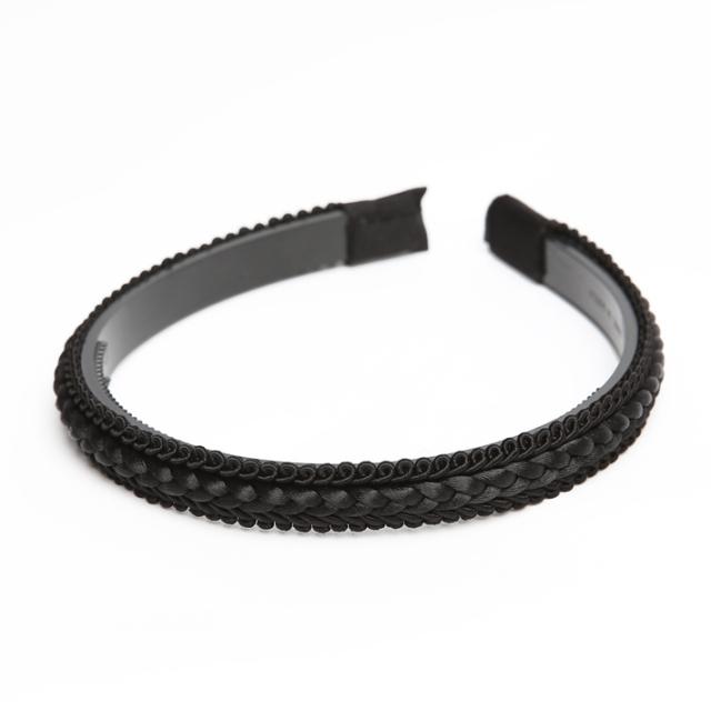 カチューシャ BH-002KA ヘアアクセサリー ブラック 黒 可愛い 髪飾り レディース 女性用 華やか ゆうパケット対応