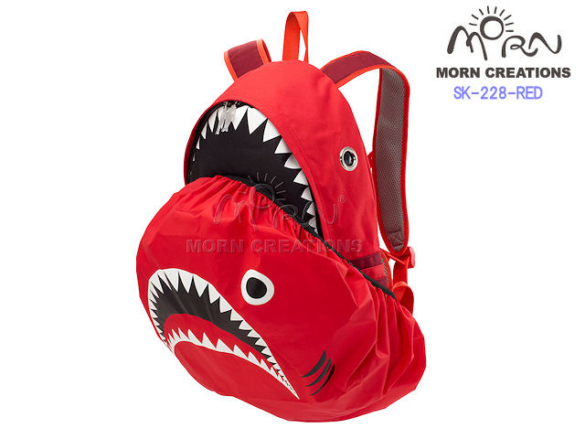 MORN CREATIONS/モーンクリエイションズのシャークバックパック レイン RED