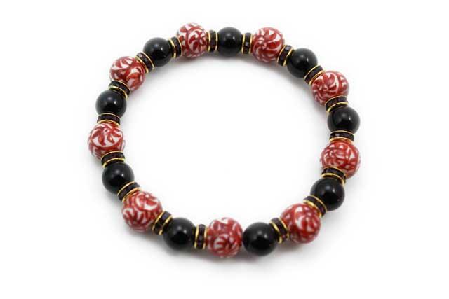 有田焼と天然石のブレスレット(Arvo) 九つ玉赤たこ唐草紋様オニキス